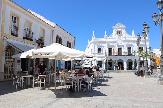 Una calle peatonal de Cartaya (Huelva).