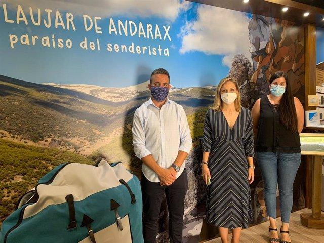 La delegada de la Junta en Almería visita Laujar de Andarax
