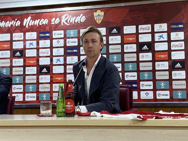 Fútbol.- Guti, destituido como técnico del Almería tras siete meses en el cargo