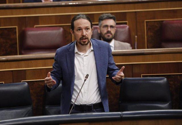 El vicepresidente segundo del Gobierno, Pablo Iglesias, responde a una pregunta durante la primera sesión de control al Gobierno en el Congreso de los Diputados tras el estado de alarma, en Madrid (España), a 24 de junio de 2020. El Congreso da esta seman