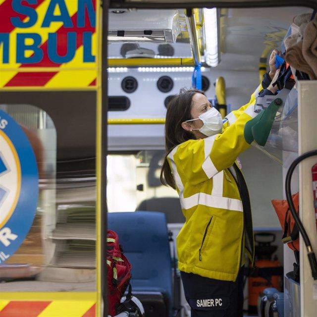 Trabajadora de una ambulancia en Las Rozas
