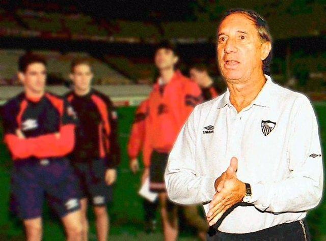 Carlos Bilardo con el Sevilla