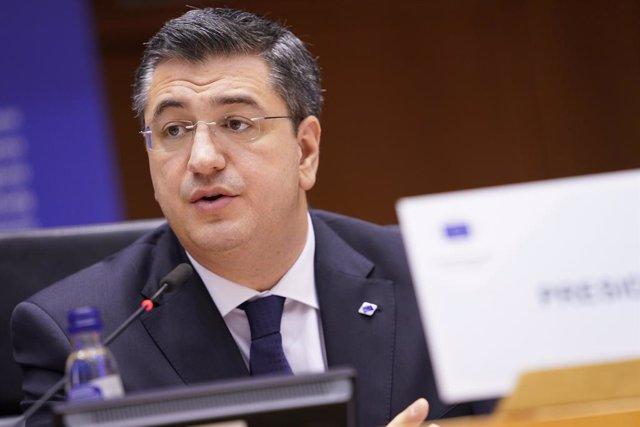 """UE.- Las regiones de la UE llaman a un acuerdo de líderes en julio para lanzar """""""