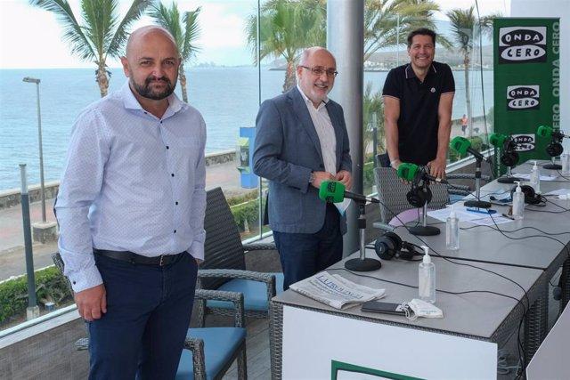 El presidente del Cabildo de Gran Canaria, Antonio Morales, y el consejero de Turismo, Carlos Álamo, han participado este sábado en el programa nacional de Jaime Cantizano 'Por fin no es lunes'
