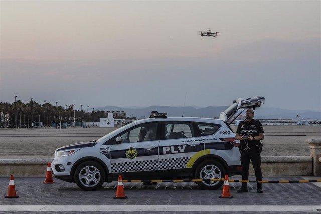 Policía local en Valencia (España)