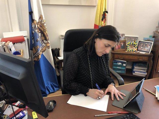 La alcaldesa de Santander, Gema Igual, en reunión con portavoces