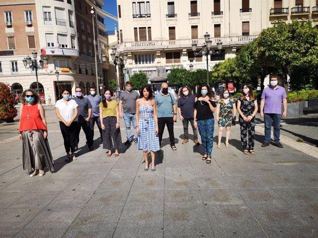 Martina Velarde, nueva líder de Podemos Andalucía, junto a su equipo en Córdoba, donde se ha constituido la nueva dirección del partido