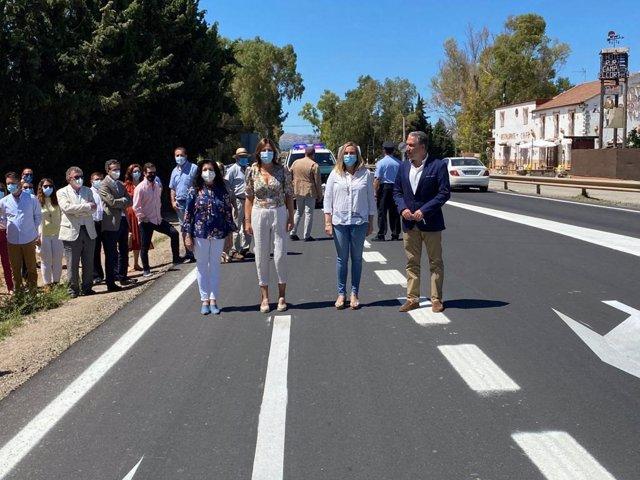 Consejeros visitan la finalización de las obras de la carretera Ronda-Ardales