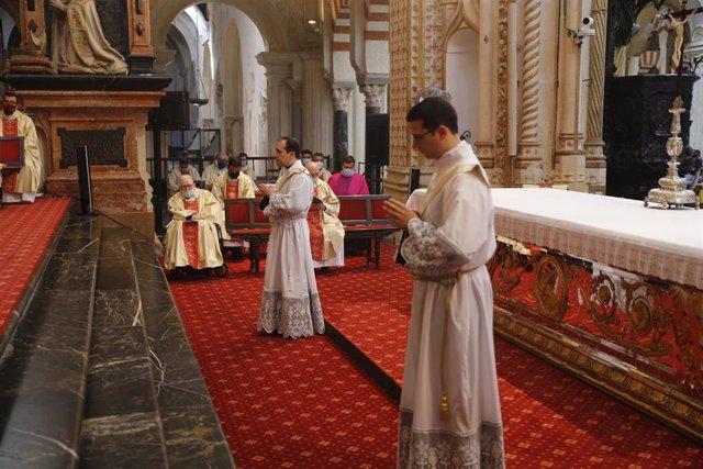 Ordenaciones en la catedral de Córdoba