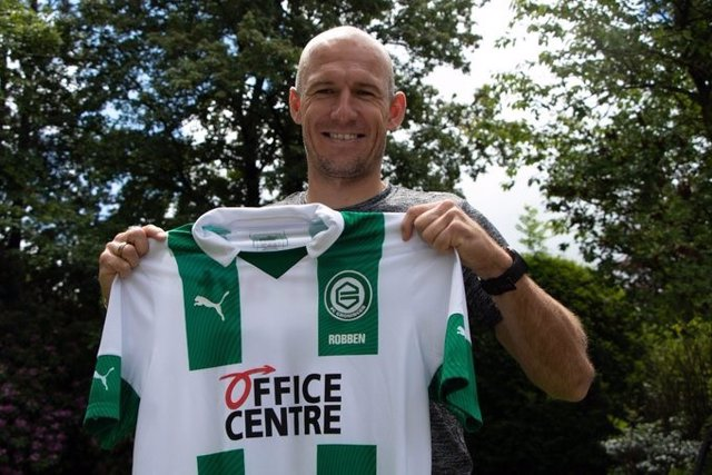 Fútbol.- Robben vuelve al fútbol tras su retirada: jugará en el Groningen a los