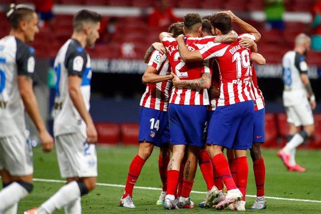 Fútbol/Primera.- Crónica del Atlético de Madrid - Alavés, 2-1