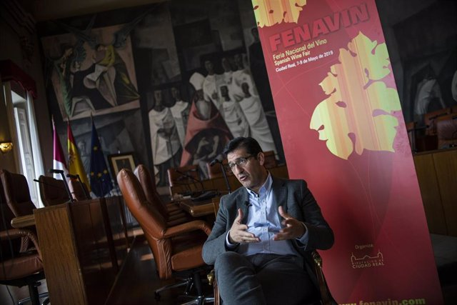 El presidente de la Diputación de Ciudad Real, José Manuel Caballero, en una entrevista con Europa Press