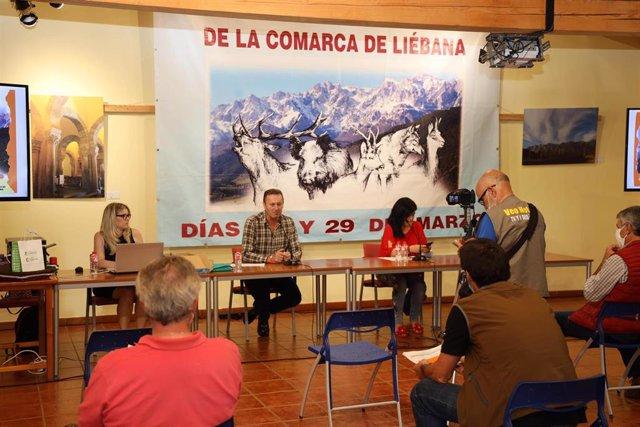 Blanco participa en una subasta de permisos de caza en Camaleño