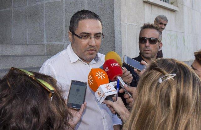 Aníbal Domínguez, hermano y tío de los fallecidos en el crimen de Almonte en una imagen de archivo.