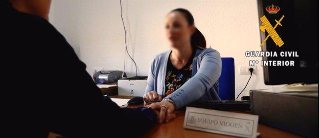 Menor atendida por la Guardia Civil en Berja
