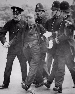 R.Unido.- El espionaje británico encubrió un intento de asesinato del rey Eduard