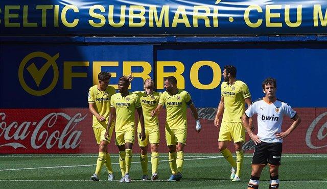 AMP.- Fútbol/Primera.- (Crónica) El Villarreal se queda el derbi por Europa con
