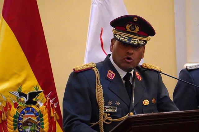 El jefe del Estado Mayor de las Fuerzas Armadas de Bolivia, el general Sergio Carlos Orellana