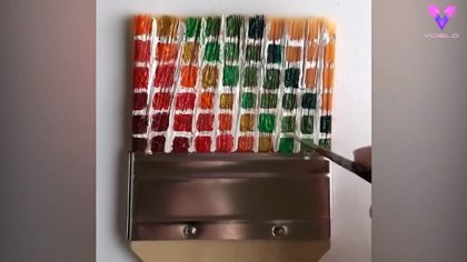 Conoce el colorido, ordenado e hipnótico arte de Adam Hillman