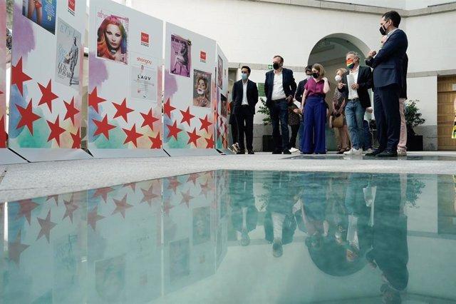 Presentación de 30 portadas de Shangay en la sede de Vicepresidencia de la Comunidad de Madrid