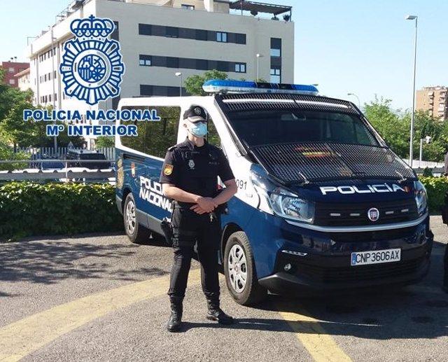 Policía nacional en Granada