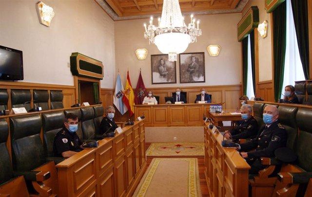 Junta local de seguridad en Santiago de Compostela.