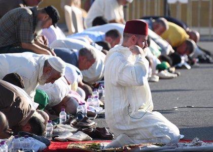 """Musulmanes de Ceuta piden """"voluntad política"""" para poder festejar su Pascua del Sacrificio pese al """"riesgo"""""""