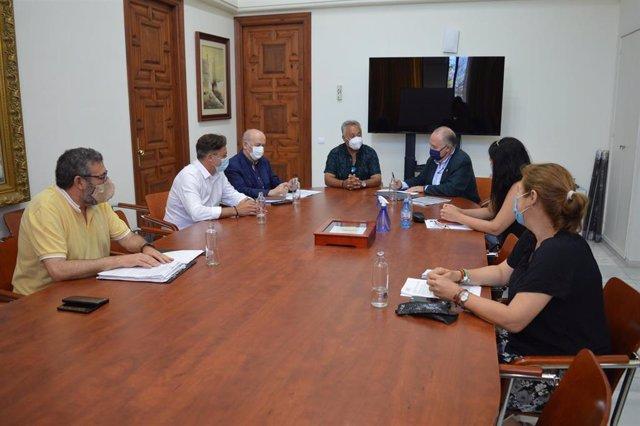 El Ayuntamiento de Rincón de la Victoria pone en marcha una nueva línea de ayudas para PYMES y autónomos dotado con 400.000 euros