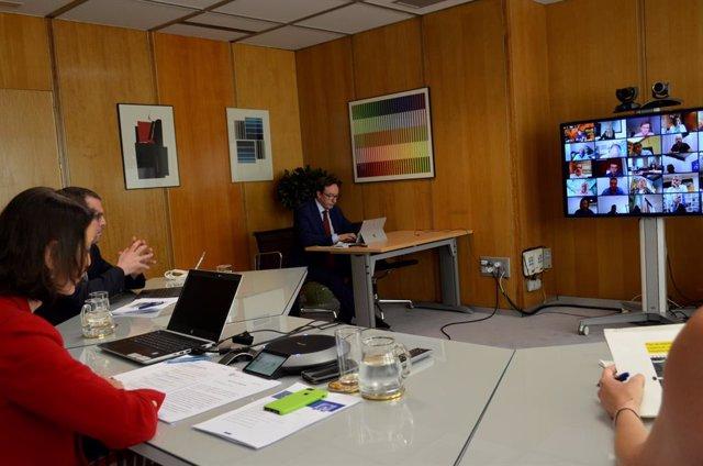 Imagen de la reunión de este lunes de la Mesa de Automoción.