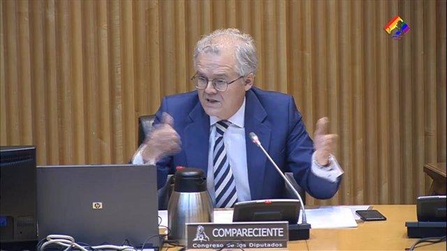 El presidente de la CNMV, Sebastián Albella, en la Comisión de Asuntos Económicos y Transformación Digital.