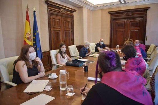 El Ministerio de Igualdad se reúne con la Confluencia Trans