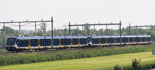 Tren de Cercanías fabricado por CAF