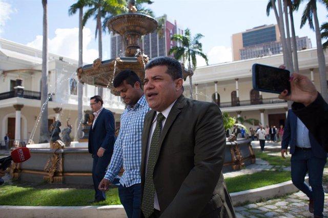 Luis Parra, el presidente de la Asamblea Nacional de Venezuela elegido por el 'chavismo' y la oposición minoritaria en detrimento de Juan Guaidó