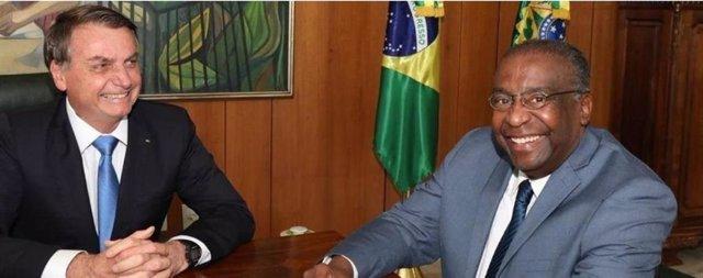 El presidente de Brasil, Jair Bolsonaro, y el ministro de Educación, Carlos Alberto Decotelli.