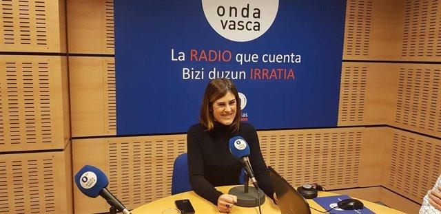 La candidata a Lehendakari de Elkarrekin Podemos-IU, Miren Gorrotategi, en Onda Vasca