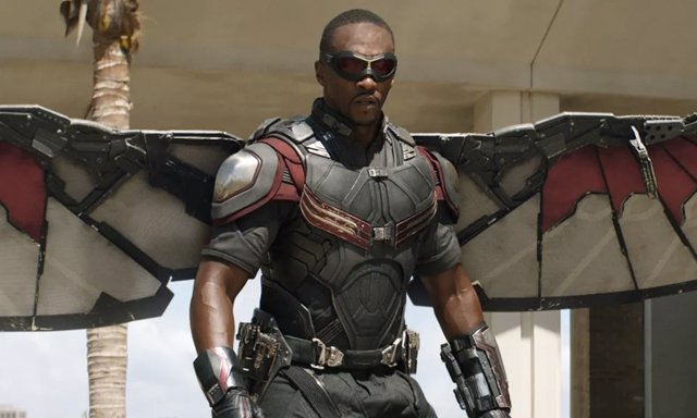 Anthony Mackie es Falcon en el Universo Cinematográfico Marvel