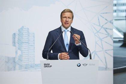 El 40% de las emisiones de CO2 de un coche eléctrico proviene de la producción de la batería, según BMW