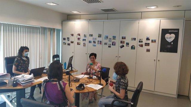 Diputación produce el programa de radio online 'A tu vera'