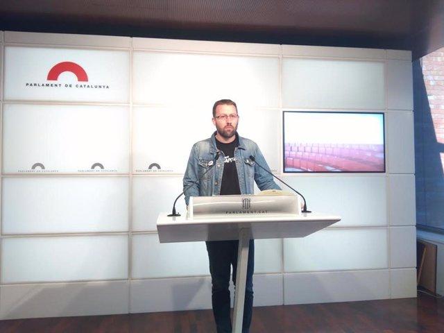 Vidal Aragonés (CUP) en roda de premsa al Parlament