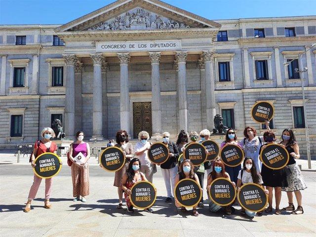Alianza contra el Borrado de las Mujeres ante el Congreso