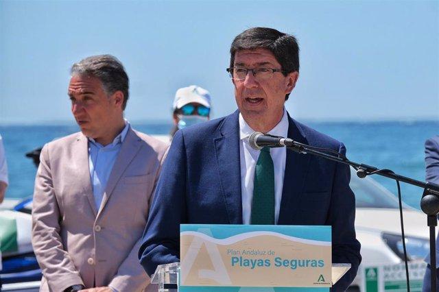 En primer término, el vicepresidente de la Junta y consejero de Turismo, Regeneración, Justicia y Administración Local, Juan Marín