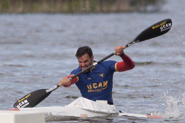 El Cuádruple Medallista Olímpico Saúl Craviotto durante un entrenamiento