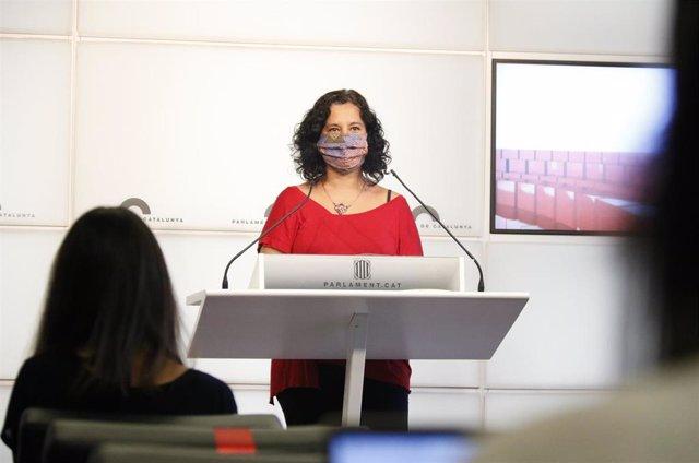 La portavoz de los comuns en el Parlament, Susanna Segovia, este martes en rueda de prensa