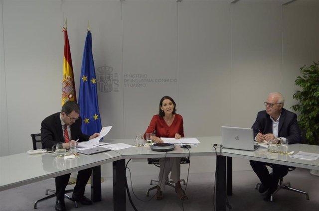 La ministra de Industria, Comercio y Turismo, Reyes Maroto, en el Pleno Extraordinario del VII Consejo Estatal de la Pyme.