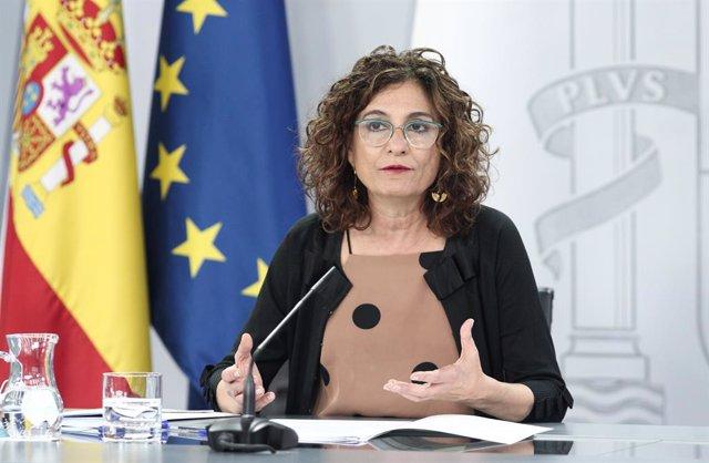La ministra portaveu i d'Hisenda, María Jesús Montero, intervé en la compareixença en roda de premsa posterior al Consell de Ministres celebrat en Moncloa