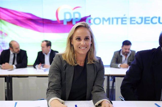 La secretaria general del PP en la Comunidad de Madrid, Ana Camíns Martínez, durante la reunión del Comité Ejecutivo Autonómico del PP de la Comunidad de Madrid en la sede del PP en la calle Génova, en Madrid a 13 de noviembre de 2019.
