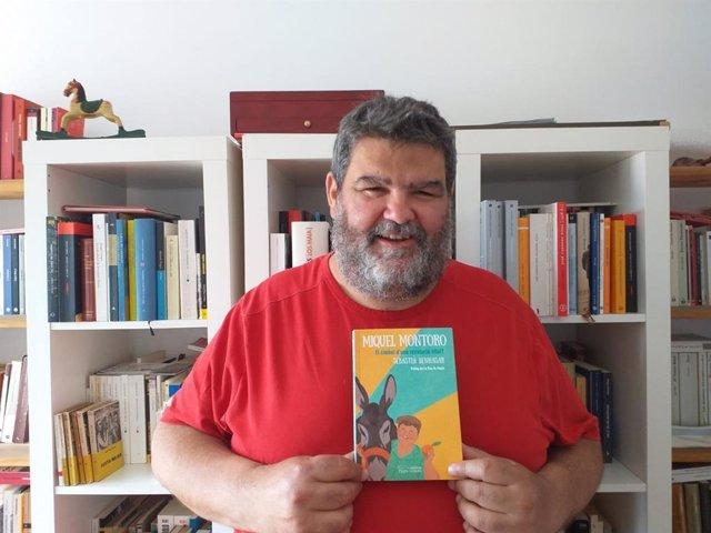"""El youtuber mallorquín Miquel Montoro centra un ensayo sobre """"otra manera de vivir"""""""