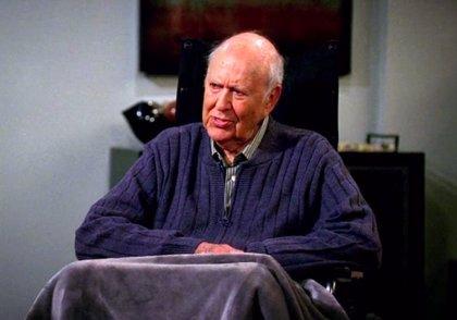 Muere Carl Reiner, icono de la comedia y creador de 'El show de Dick Van Dyke', a los 98 años
