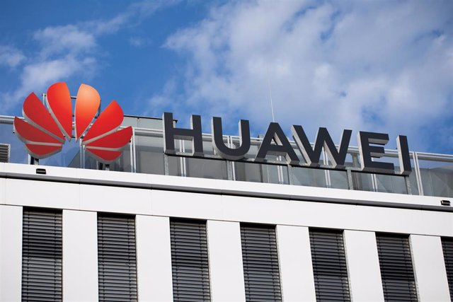 "FILED - 15 October 2019, Duesseldorf: The logo of the Chinese telecommunications equipment company ""Huawei"" is pictured at its German headquarters. Huawei recorded a 19.1-per-cent jump in global sales last year in the face of US trade sanctions, according"