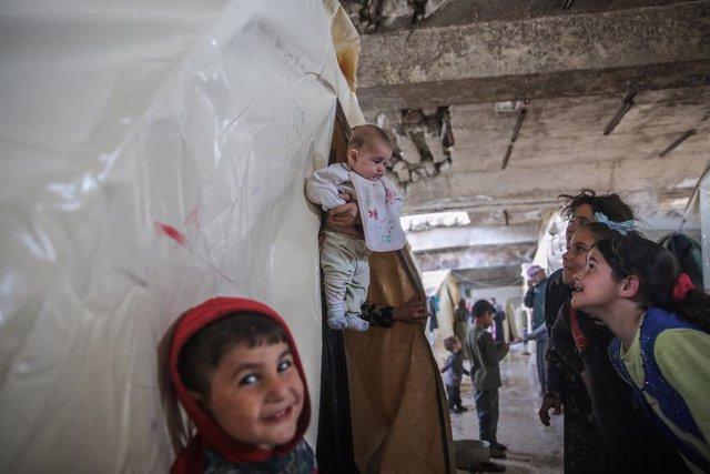 Siria.- Los donantes comprometen 6.900 millones de euros para ayudar a Siria y l